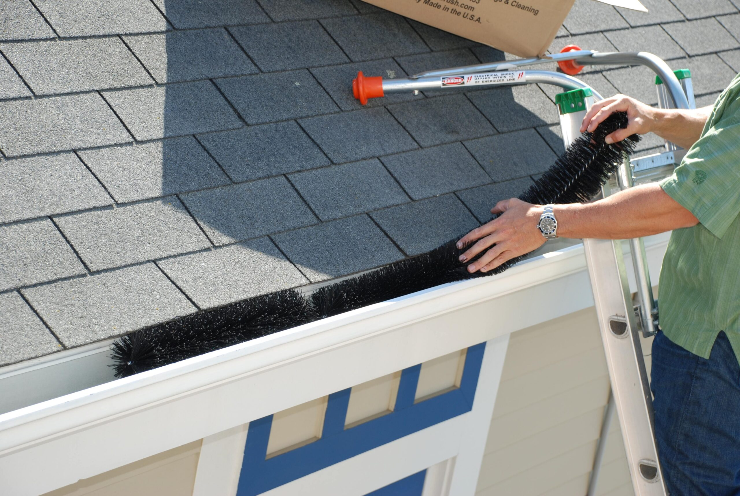 GUTTER CLEANING post thumbnail